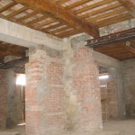 Wooden beam ceiling in restored country house Casale Antignano near Bevagna: restored country house for sale in Umbria, Italy